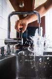 Combien coûte l'installation d'un robinet ?